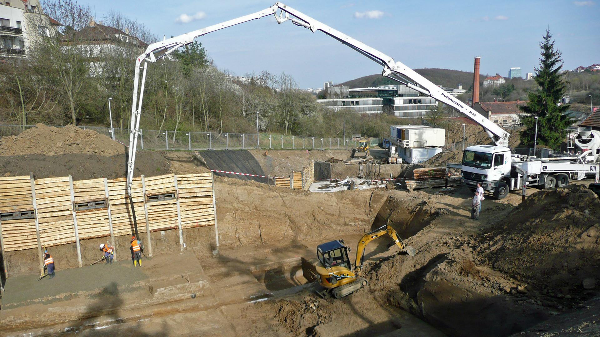 Zahájení betonáže suterénu 21.03.2014