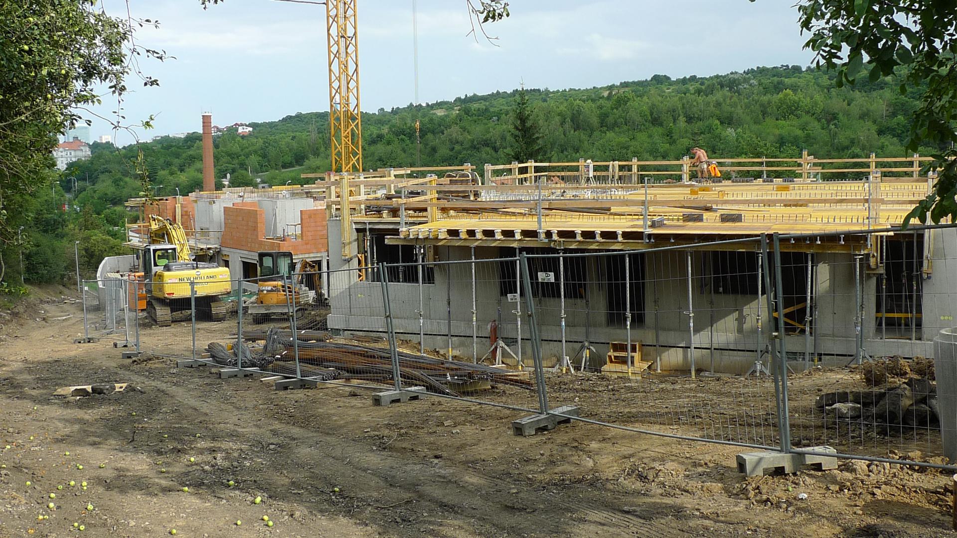 Výstavba nadzemních podlaží - Srpen 2014