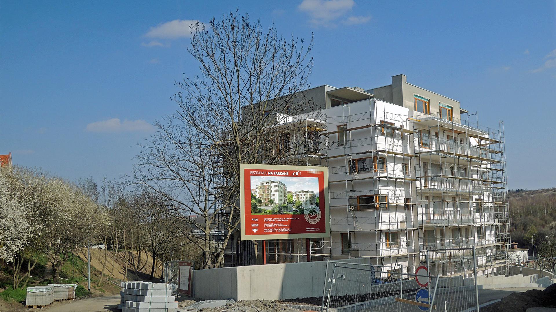 Realizace fasády - Duben 2015
